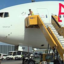 Neue Boeing 777 der AUA in Wien-Schwechat gelandet