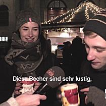 Wofür wird der Wiener Christkindlmarkt am Maria-Theresien-Platz geliebt?
