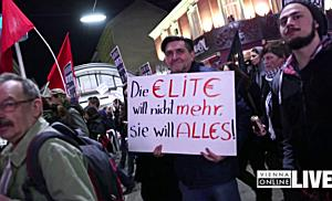 "Die Opernball-Demo 2017: ""Eat the rich"""