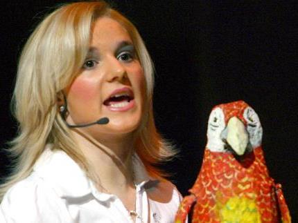"""Beim Stück """"Do Papagei"""" gab es einiges zu lachen."""