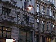Die neuen Leuchte (Bild rechts) wird nicht aufgestellt