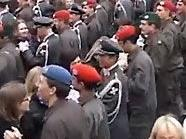 Heeres-Mambo am Heldenplatz in Wien