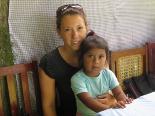 In Selinas Schule in Matagalpa benötigen die Kinder alles: Sie haben kein Papier, keine Malsachen, keine Lehrmittel - oft müssen die Kinder sogar auf dem Feld arbeiten und können gar nicht in die Schule gehen.