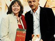 """""""Päpstin""""-Autorin Donna W. Cross und Regisseur Sönke Wortmann."""