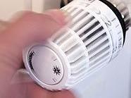 Thermostat am Heizkörper spart Heizkosten