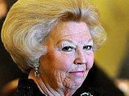 Königin Beatrix und der jordanische Prinz Hassan im Wiener Rathaus
