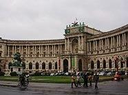 Zwist um Ball in der Hofburg.