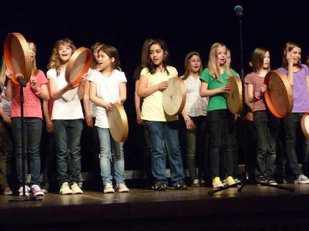 Die jungen Lustenauer Sänger begeisterten beim diesjährigen Ortsjugendssingen im Reichshofsaal.