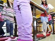 Elastische Gesundheitsmatten sollen die Bewegung fördern.