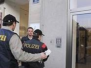 Polizei am Julius-Tandler-Platz in Wien