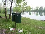 Leider kommt es auch immer wieder entlang des Alten Rheins und auf dem Dammweg zu Verschmutzungen.
