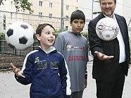 Michael Ludwig und Michael Moritz (re.) mit kleinen Kunstgaberln-Fans