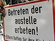 Es wird weiter gegen den Bau der Wiener Sängerknaben protestiert.