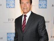 Arnie beschimpft seinen Schauspielkollegen Mel Gibson