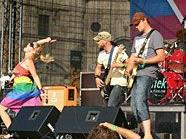 Auftritt bei der Regenbogenparade am Heldenplatz