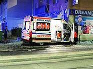Eine Notärztin wurde bei dem Unfall verletzt.