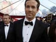 """Ryan Reynolds spielt im Film """"Green Lantern"""" einen Superheld"""