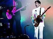 Spielt Prince schon am Montagabend in Wien auf?