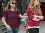 Die 20-Jährige Caroline Giuliani ließ teuere Kosmetikartikel mitgehen