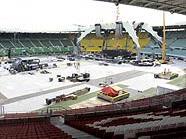 Gigantisch: Die Bühne von U2 im Wiener Ernst-Happel-Stadion