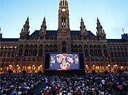 Musik und Kulinarik am Wiener Rathausplatz