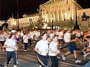 Beim Vienna Night Run 2009 nahmen bereits 14.000 Läufer teil.
