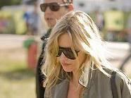 Kate Moss und Jamie Hince beim Glastonbury Festival