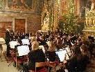Das Konzert war schon lange im voraus ausverkauft.