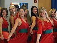 Weihnachtliche Stimmung auf russische Art liefern die Damen von Belarusija