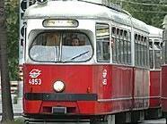 Schrecksekunde für eine 30-Jährige in der Straßenbahnlinie 1
