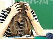 Pflichtschul-Lehrer können sich die Haare raufen.