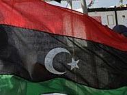 Auf der Botschaft von Libyen weht die alte Königsflagge, das Symbol der Rebellen.