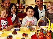 Christian Oxonitsch auf vorösterlichem Besuch im Kindergarten