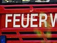 Die Feuerwehr barg die Leiche der 30-jährigen Frau.
