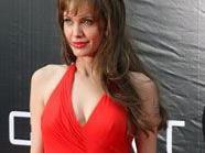 Angelina Jolie auf der Suche nach Helden