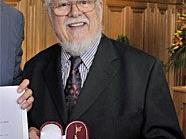 Bill Ramsey (re., mit Kulturstadtrat Andreas Mailath-Pokorny) bekam den Goldenen Rathausmann.