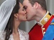 Das Brautpaar William und Kate dürfen doch in die Flitterwochen