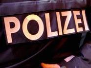 In 1200 Wien versetzte ein verwirrter Mann einem Polizisten einen Kopfstoß.