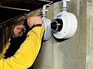 Mit mehr Kameras wird die Videoüberwachung in den Wiener Gemeindebauten ausgebaut.