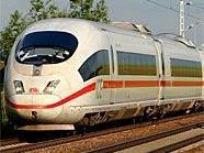 Wegen einer Fliegerbombe kann dder ICE nicht nach Wien fahren.
