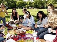 Beim Mädchenpicknick sind Mädels ganz unter sich.