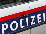 Die Polizei rückte in einer Nacht gleich zu zwei Einbrüchen aus