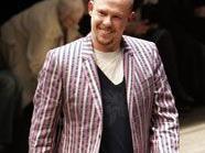 McQueen spendet Geld aber auch an Wohltätigkeitsorganisationen - Großteil des Vermögens geht an Angehörige