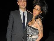 Untröstlich: Reg Traviss (35) trauert um seine Liebe Amy Winehouse (†27).