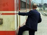 Zugbegleiter wurde im 14. Bezirk heftig bedroht
