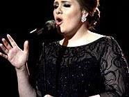 Adele wendet sich neuen (Country-)Klängen zu.