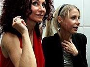 """Christina """"Mausi"""" Lugner und Anstasia """"Katzi"""" Lugner im sehr persönlichen Interview."""