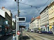 Aus Langeweile beschossen die beiden Jugendlichen Fahrzeuge auf der Brünner Straße mit Metallkugeln.