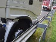 Glimpflich verlief der Übelkeitsanfall eines LKW-Fahrers auf der A2