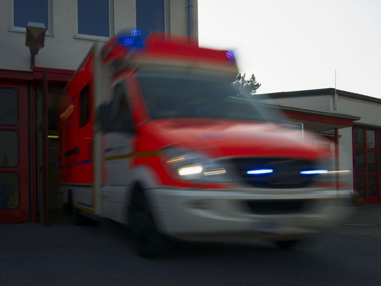Die gestürzte Frau musste intensivmedizinisch betreut werden.
